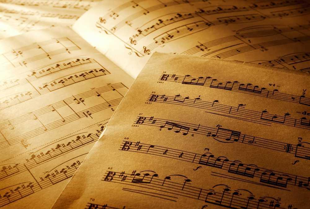 sheet-music-close-up